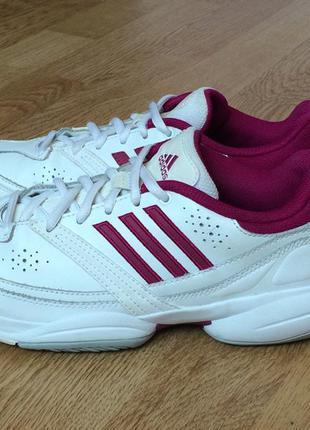 Кожаные кроссовки adidas оригинал в отличном состоянии