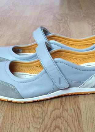 Спортивные туфли geox в состоянии новых