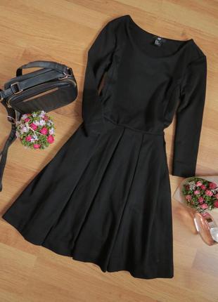 Базовое черное платьице фирмы h&m