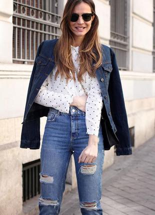 Джинсы mom jeans с высокой талией zara