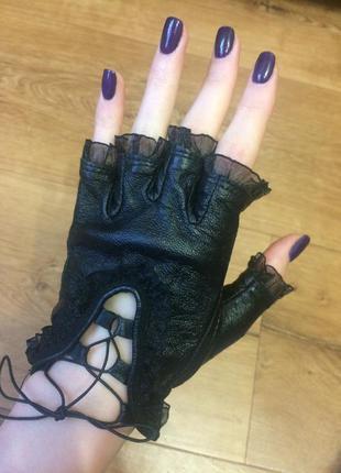 Кожаные байкерские перчатки, кружево