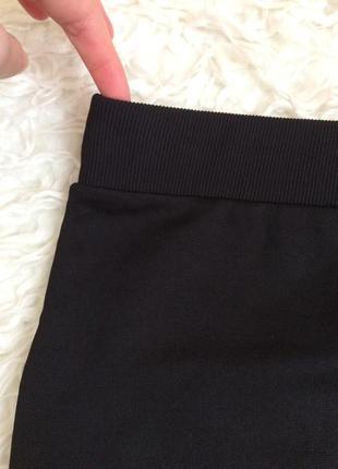 Чорна спідничка-міді від zara trafaluc