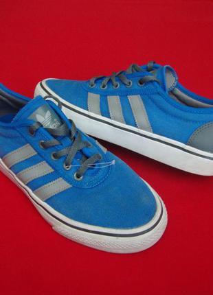 Кроссовки adidas blue оригинал 39-40 размер