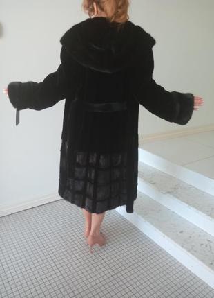 Натуральная шуба из полированного бобра с норковым воротником-капюшоном коброй, юбкой и рукавами м