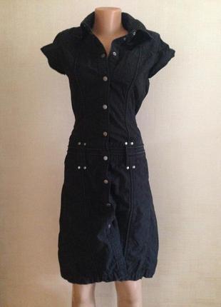 Черное платье mexx на кнопках
