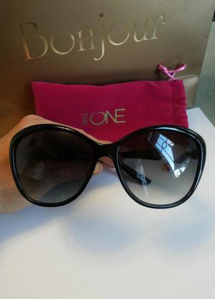 Солнцезащитные очки oriflame