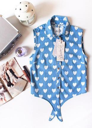Классная джинсовая рубашка с коротким рукавом в сердечки denim co