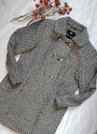 Оригинальное шерстяное пальто от h&m