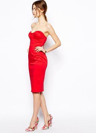Красное платье бюстье миди под атлас от asos, размер 10, ключцы открыты, декольте