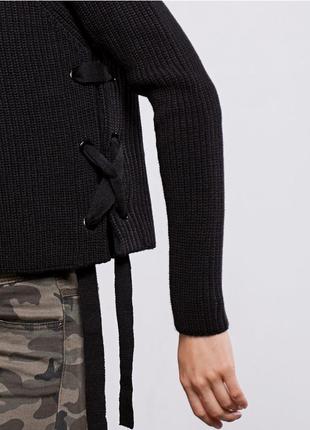 Укороченный теплый свитер на завязках stradivarius размер s