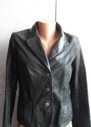 Отличная кожаная куртка  от only . размер м
