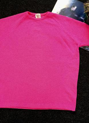 Розовая футболуа c&a оверсайз с интересной ткани