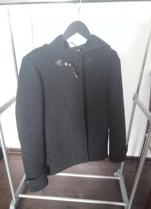 Короткое пальто pull&bear