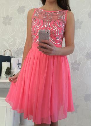 Новое  красивое платье quiz 10/12 размер