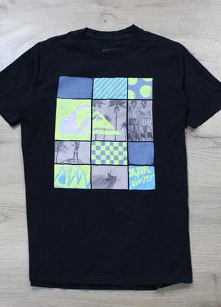 Черная футболка quicksilver