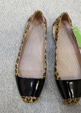 Супер цена балетки crocs sienna leopard -w 7 - 37 - 38