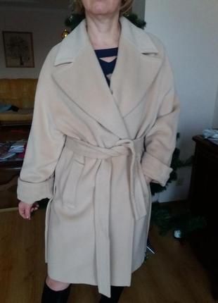 Красивое пальто oversize натуральная шерсть