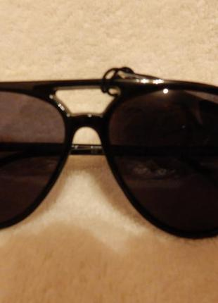 Очки солнцезащитные н&м