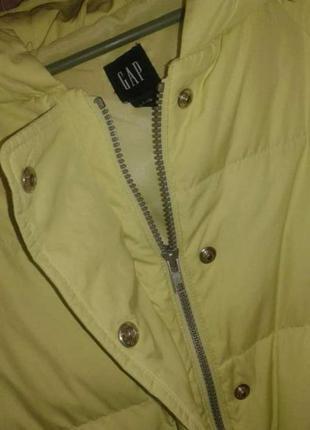 Пухова куртка gap