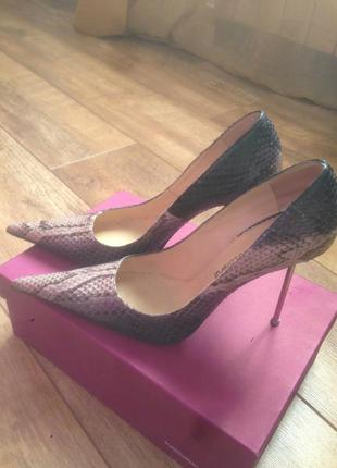 Шикарнейшие , классические туфли из натуральной кожи питона!🐍🐍