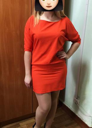 Яркое нарядное платье say