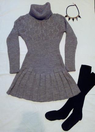 Шерстяное теплое зимнее вязанное платье
