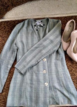 Крутой клетчатый пиджак