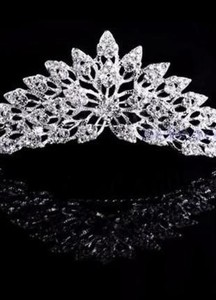 Свадебное украшение. гребень невесты. корона