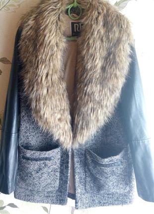 Пальто свободного кроя с мехом