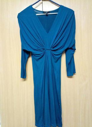 Cинее котоновое платье деколье , присобранное , просторное снизу axara