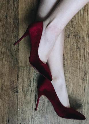 Велюровые /бархатные бордовые туфли лодочки на шпильке рр 36-41