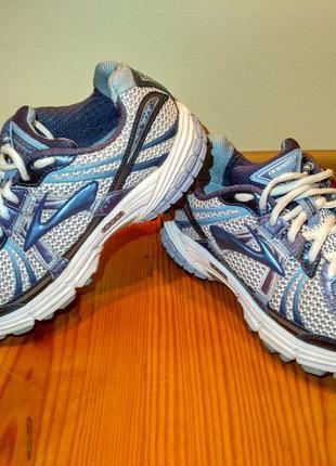 Спортивные кроссовки для бега и ходьбы brooks