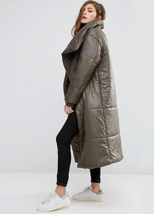 Стильное дутое пальто oversize asos