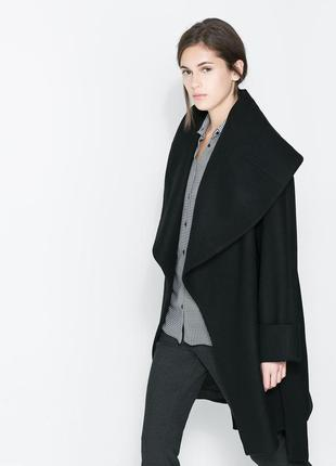 Шикарне оверсайз пальто з коміром капюшоном zara