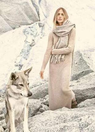 Длинное вязаное платье , платье в рубчик от mango