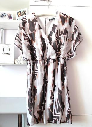 Красивое шифоновое платье от atmosphere