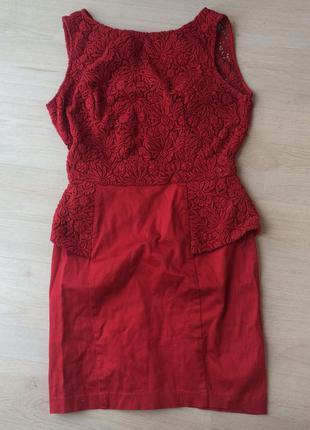 Красное платье баска кружево открытая красивая спина