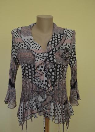 Красивая нарядная блуза новая