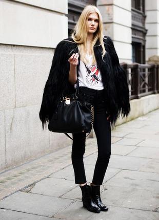Большой выбор классических брюк и джинс короткие брюки с замками по бокам