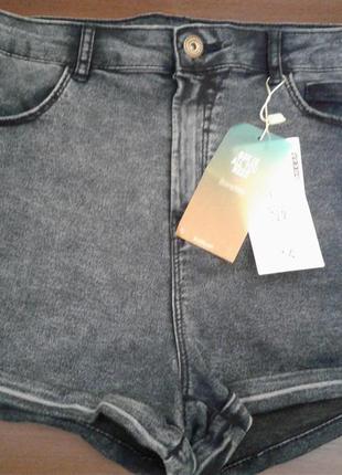 Новые высокая посадка стрейчевые синие джинсовые шорты размер 12-14 bershka
