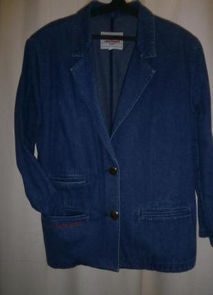 Джинсовый пиджак laura biagiotti.италия.