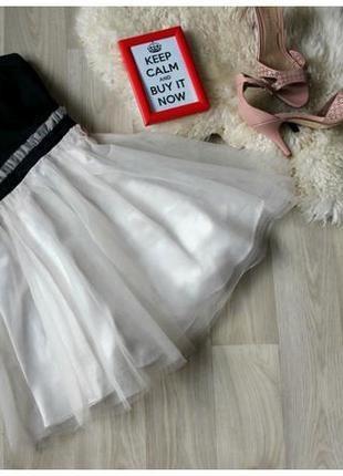 Платье бюстье  с пышной фатиновой юбкой