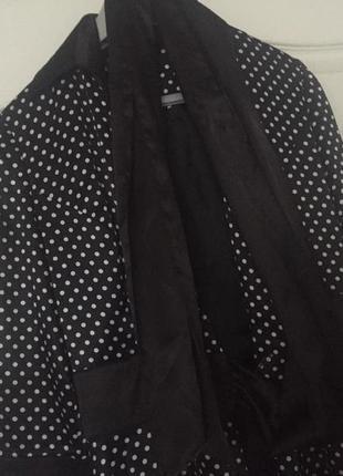 Платье в горошек в стиле одри хепбёрн.