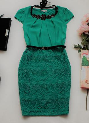 Красивое зеленое платье с кружевом от marks&spencer