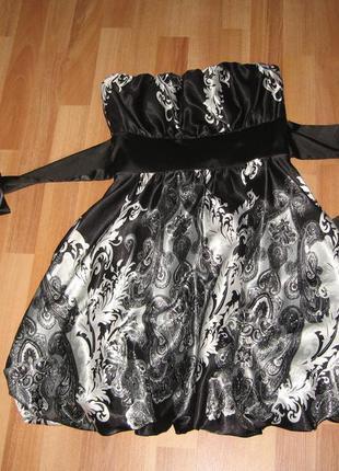 Нарядное платье бюстье.на размер с-м