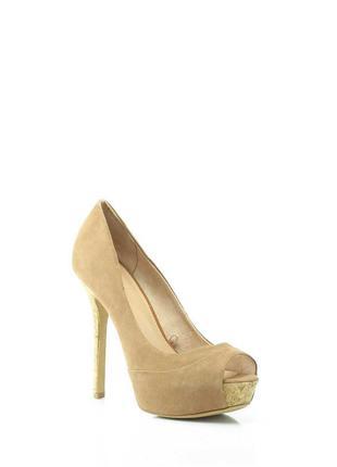 Туфли новые коричневые на высоком каблуке на 38р, bershka