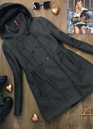 Женственное пальто с завышенной посадкой из классического сукна    ow5002    h&m
