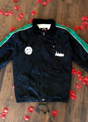 Спортивная куртка, кофта, ветровка, мастерка