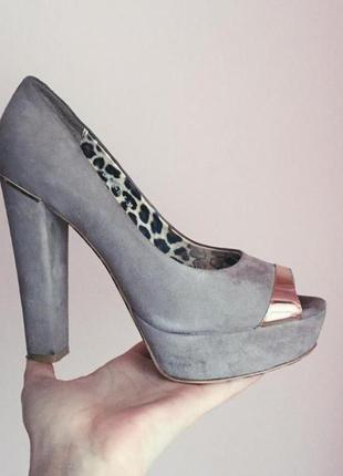 Серые замшевые туфли туфлі босоніжки замш