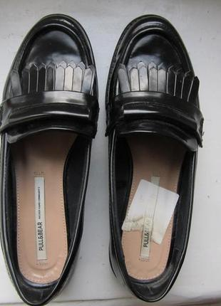 Шикарные черные туфли лоферы pull&bear